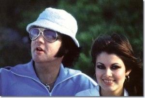 1977_hawaii_ginger_elvis