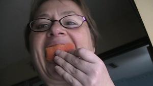 eating the peel