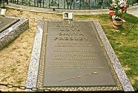 Glady grave at graceland
