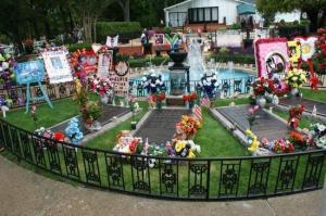 presley-family-graves