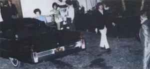 beatles leaving Elvis