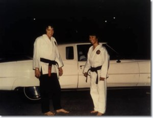 elvis_karate3