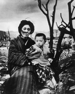 hiroshima-portrait-mother-child