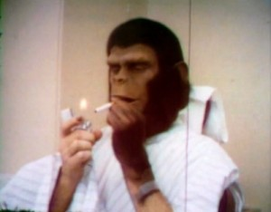 Roddy_McDowall_Battle_For_The_Planet_Of_The_Apes_Home_Movie_1973-500x390