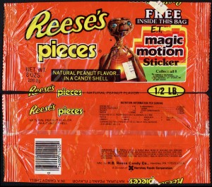 CC_Hershey-Reeses-Pieces-ET-Magic-Motion-Sticker-12-pound-candy-bag-1982