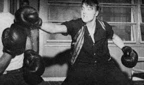 Elvis boxing
