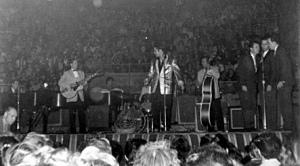 Ottawa_Elvis1957b