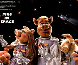 the-muppet-show-pigs-in-space-ac562acfe86f86b20a3867db2d69f897