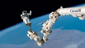 canadarm2-photo-from-csa-tumblr-blog