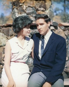 1962, Idyllwild, California, USA --- Joan Blackman and Elvis Presley in Kid Galahad --- Image by © Sunset Boulevard/Corbis