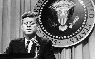 white-house-usher-JFK-ftr