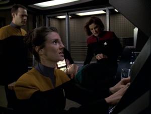 Harren,_Celes,_Telfer,_and_Janeway_aboard_Delta_Flyer