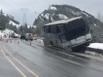 sea-to-sky-highway-99-closed-in-both-directions-after-bus-crash