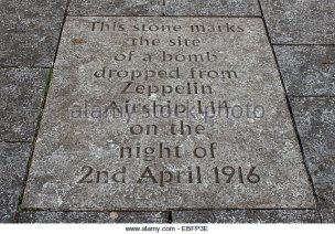 an-inscription-on-the-pavement-in-the-grassmarket-marks-the-spot-where-ebfp3e