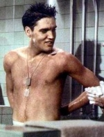 Elvis-Presley-Shower-GI-Blues