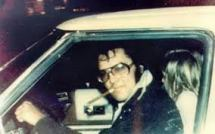 Elvis smoking driver