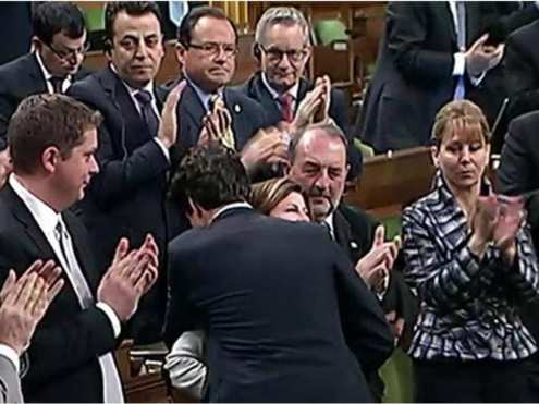 prime-minister-justin-trudeau-hugs-interim-pc-leader-rona-am